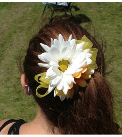 Daisy Hair Accessory - White & Yellow