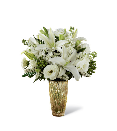 The FTD® Holiday Elegance™ Bouquet for Kathy Ireland Home 2015