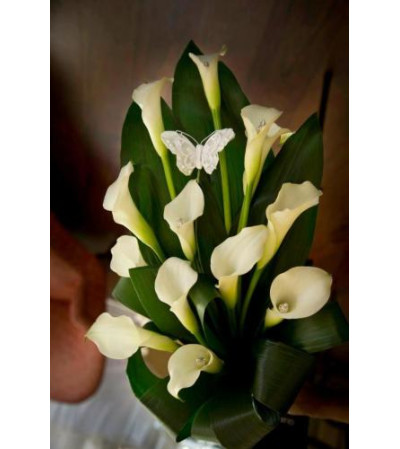 Calla Lily Arm Bouquet