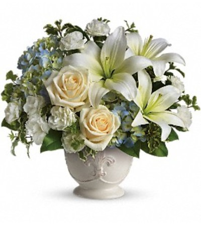 Beautiful Dreams Centerpiece