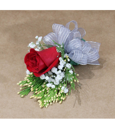 Simplicity Boutonniere