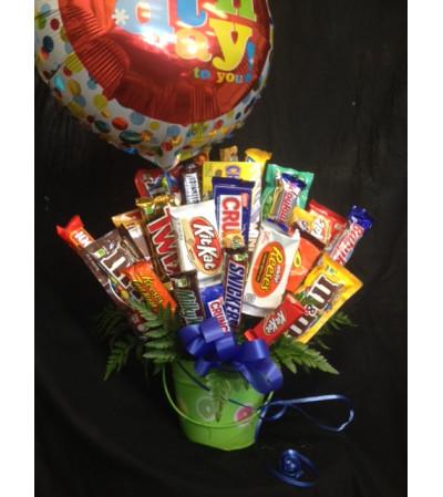 Candy Bouquet Balloon Bucket