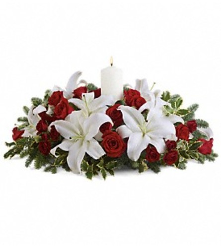 Luminous Lilies Centerpiece TF