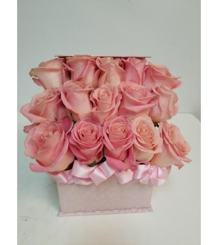 15 Pink Rose Box
