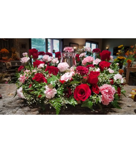 Bountiful Rose Urn Wreath
