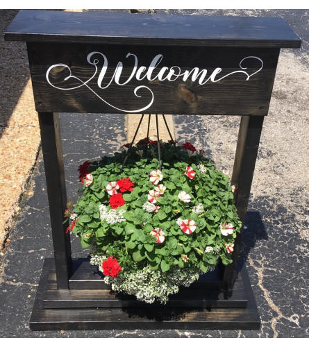 HANGING BASKET WELCOME SIGN
