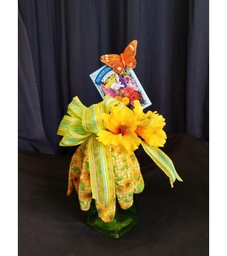 Garden Basket Green Glove Vase
