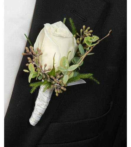 white rose boutonnierer