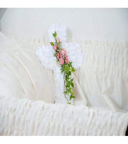 Cross Pillow DW