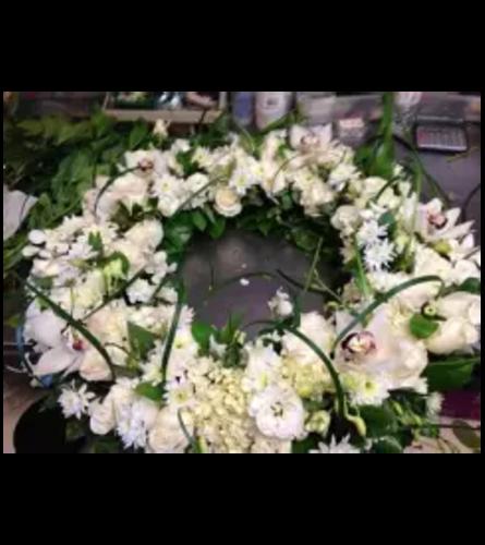Modern Treasures Wreath