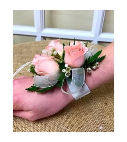 Pink Spray Rose Standard Wristlet