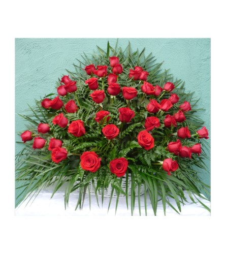 FLOOR WICKER BASKET- ALL RED ROSES