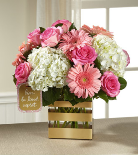 TCG's Ftd Love Bouquet