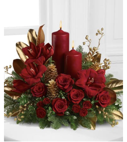 CANDLELIT CHRISTMAS CENTERPIECE 1
