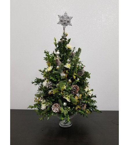 ALL IS BRIGHT BOXWOOD TREE
