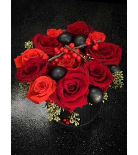 Classic Hatbox Roses