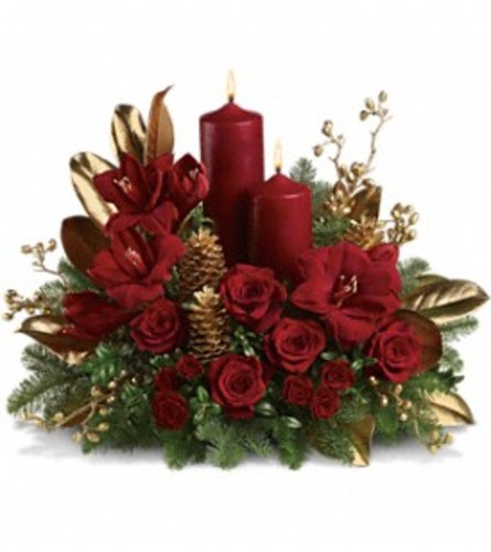 Candlelit Christmas Centerpiece