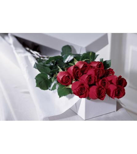 1 Dozen Boxed Roses