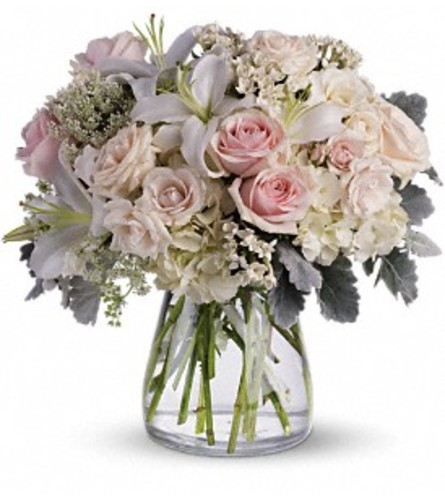 Teleflora Beautiful Whisper