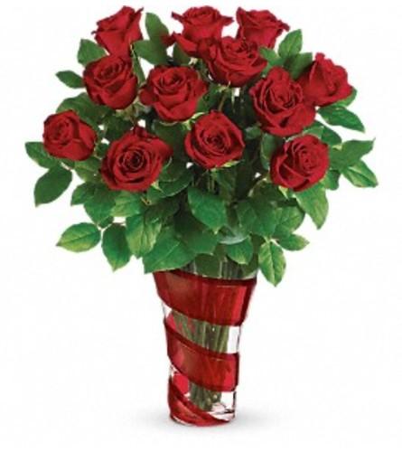 Teleflora Dancing In Roses Bouquet