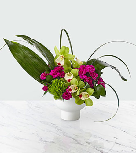 The FTD Pure Beauty Bouquet