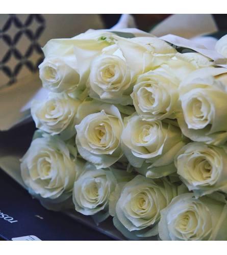 12 Premium White Roses
