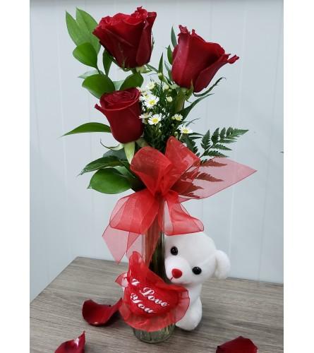 Three Roses Loving Bear