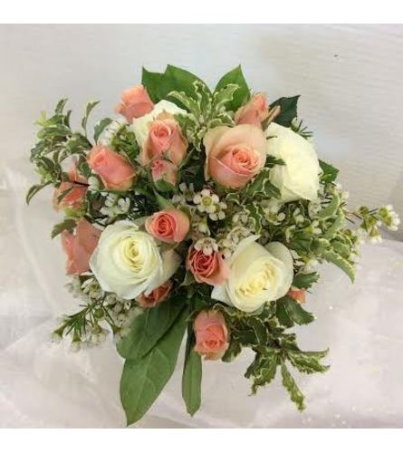Prom BVP15 - Peaches and Cream Bouquet (pick up only)