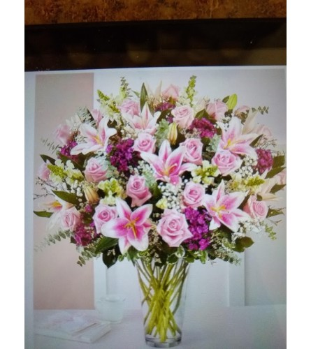 Flowerama's Amazing Mom Bouquet