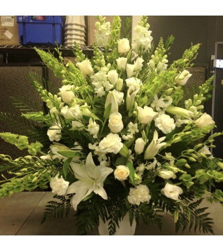 An All White Sympathy Urn