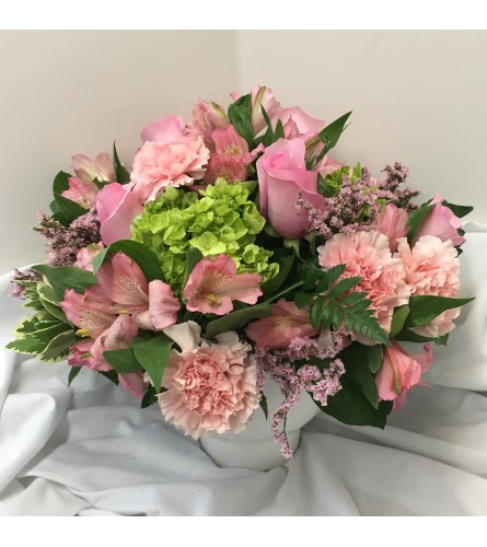 Mom's Charm by Rothe Florists