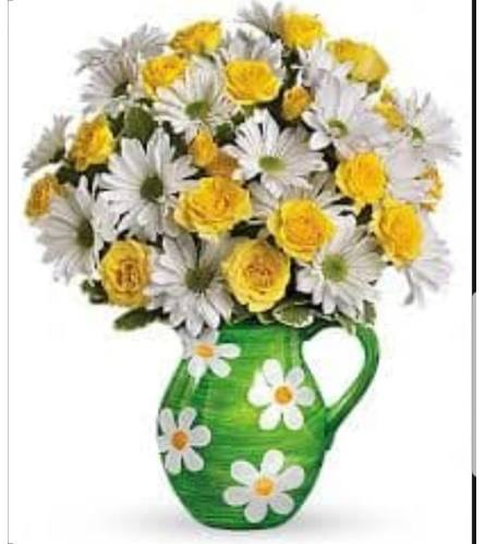 yellow rose and happy Daisy pitcher