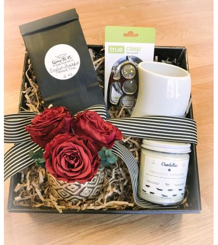 Preserved Rose and Tea Gift Basket
