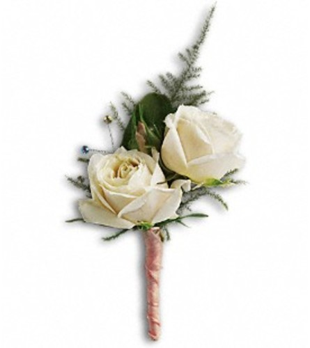White Tie Boutonniere *PLEASE CALL TO ORDER*