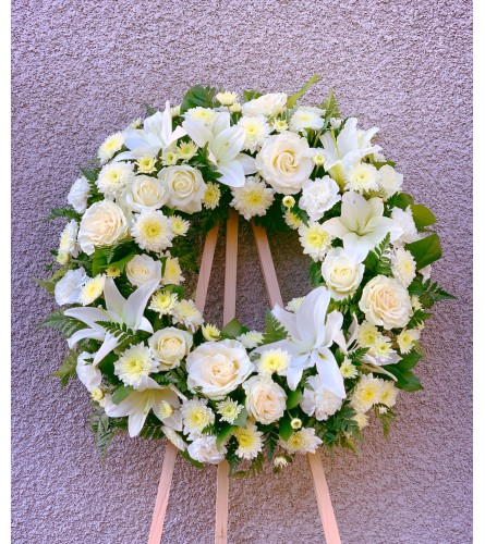 classic tribute wreath