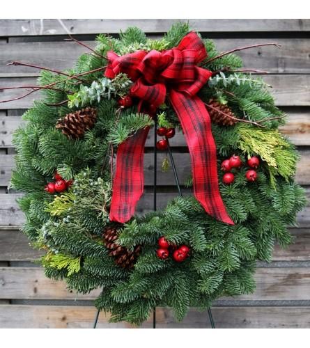 "24"" Wreath with a bow"