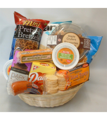 Dobbie's Deluxe Snack and Munchie Basket