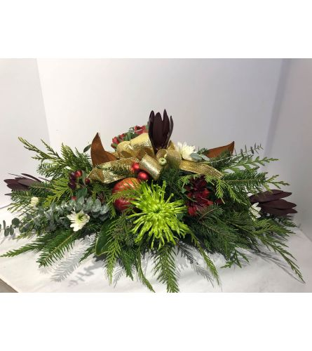 Traditional Holiday Arrangement