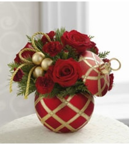Christmas Candy Dish Arrangement