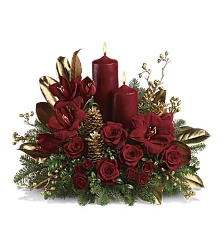 Teleflora's Candlelit Christmas  Centerpiece