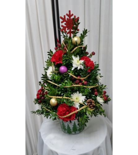 O CHRISTMAS TREE FOR ME