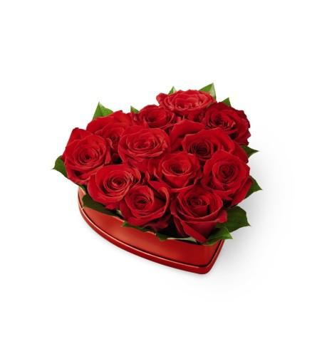 FTD6R Lovely Red Rose Heart Box