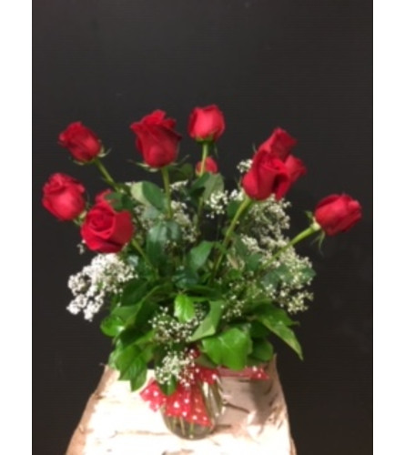 long-stem dozen classic red roses