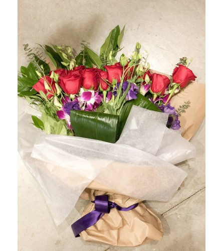 Dozen Rose Bundle @ Charming
