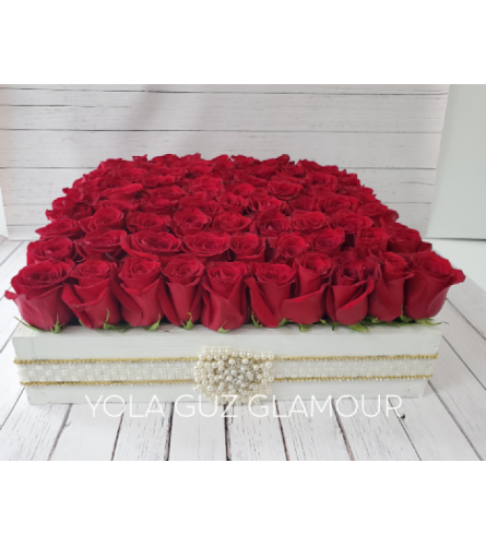 Channel 100 Roses in Wood