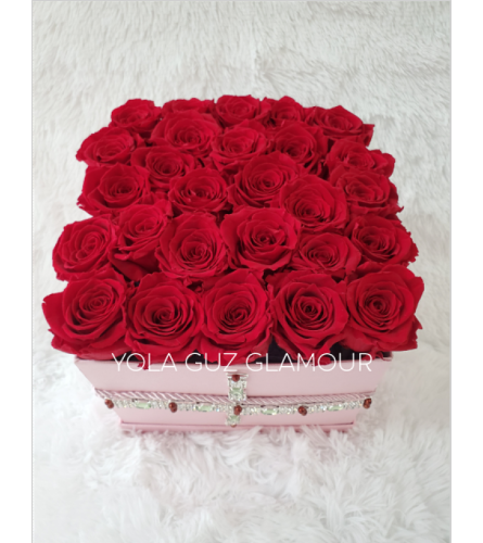 Preserved  Red Roses in Square  Box 2 Years Life span