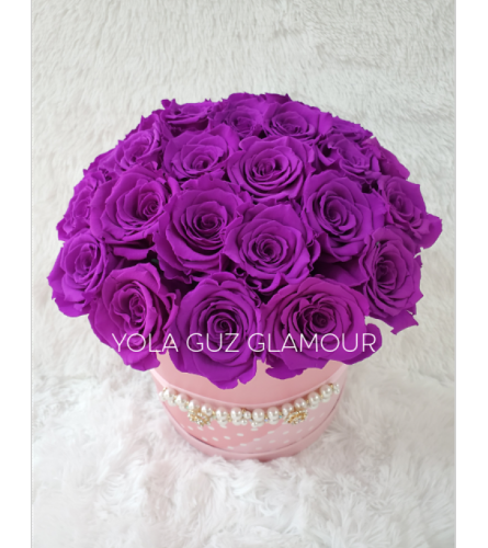Preserved Lavender Roses in Round Box