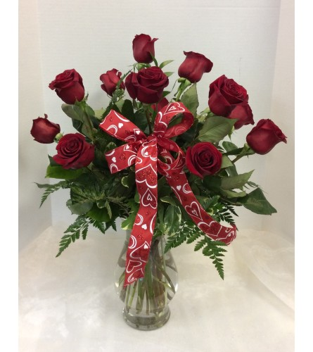 Classic One Dozen Long Stem Roses