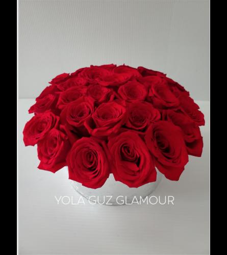 Romantic Roses in Ceramic