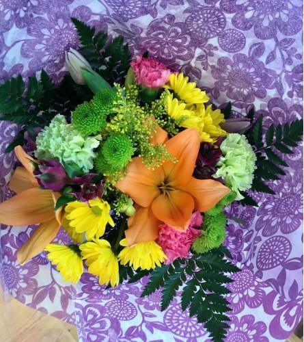 Handtied Mixed Flower Bouquet